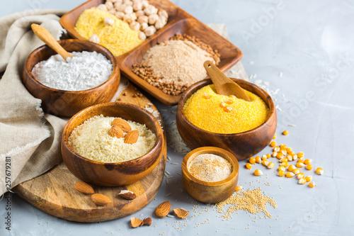 Fototapeta Gluten free almond, corn, rice, buckwheat and chickpea flour obraz