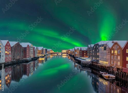 Trondheim Winter Lagerhaeuser Fluss Nordlicht Canvas Print