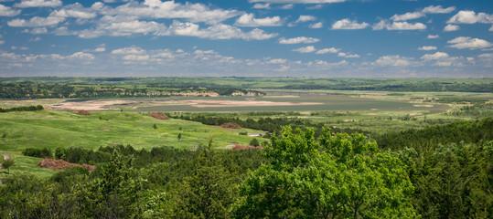 Fototapeta na wymiar Panoramic view of the Missouri river from Niobrara state park, Nebraska.