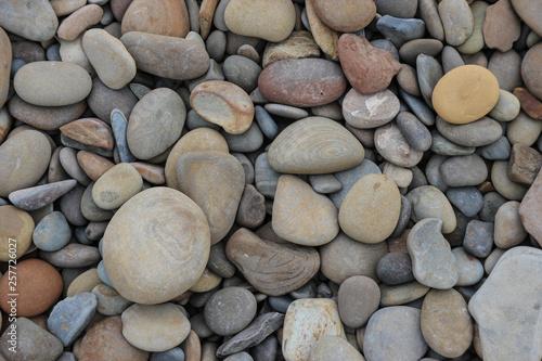 Photo sur Plexiglas Zen pierres a sable Colorful large pebbles on the beach closeup, Black sea