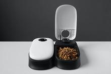 Automatic Cat Food Dispenser O...