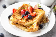 French Toast With Berries (blu...