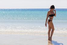 Modella In Spiaggia