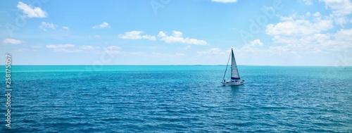 Come Sail Away Fototapet