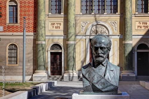 Photo  Modena, Emilia Romagna, Italy, Piazza Mazzini and Giuseppe Mazzini bronze bust,