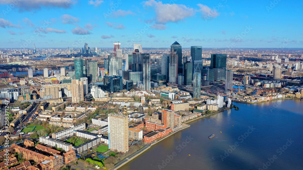 Fototapety, obrazy: Aerial bird's eye view panoramic drone photo of Greenwich park with views to Canary Wharf and University of Greenwich with beautiful cloudy sky, Isle of Dogs, London, United Kingdom