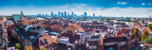 Foto  Panoramic view of Warsaw in a summer day n Poland