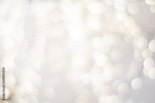 classy upscale high end, white silver, christmas holiday backdrop blurry lights Fototapet