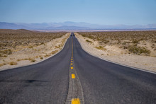 Death Valley National Park Sce...