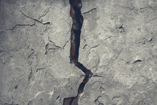 Old Cracked Concrete Wall. Clo...