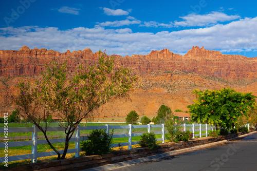 Stampa su Tela  Sunrise in tourist resort, Moab, USA