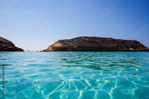 Foto auf AluDibond Südeuropa View of the most famous sea place of Lampedusa called Spiaggia dei conigli,