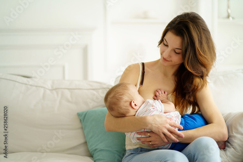 Fotomural breastfeed, motherhood, Mothers day, family love