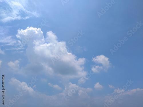 Foto op Plexiglas Hemel White soft cloud texture on blue sky background