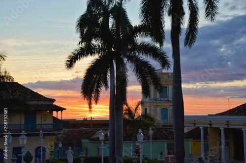 Photo  Plaza Mayor, Straßenszene, Trinidad, Kuba