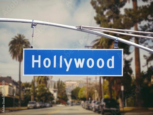 Leinwand Poster Hollywood overhead street sign