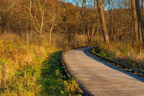 Fotografía Valley towpath walk