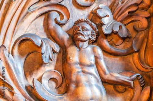 Fotografia  Bernardine church interior. Sacristy. Closeup of  Wood Carvings