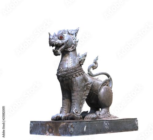 Thai lion statue style on white background Tablou Canvas