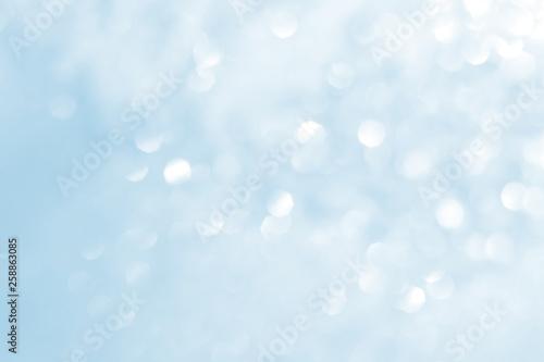 Fototapeta Abstract natural bokeh background in white and blue colors obraz na płótnie