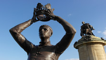 Henry V Of England Statue