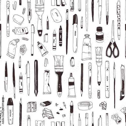Monochrome seamless pattern with stationery, writing utensils, art supplies hand drawn with black contour lines on white background. Realistic vector illustration for wrapping paper, fabric print. Fotomurales