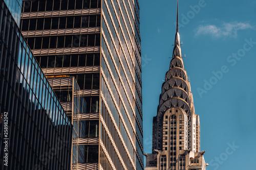 Fotografía  Close-up view of Chrysler Building and One Vanderbilt skyscraper in Midtown Manh