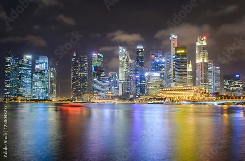 Photo  Illuminated  Singapore Downtown Core skyline