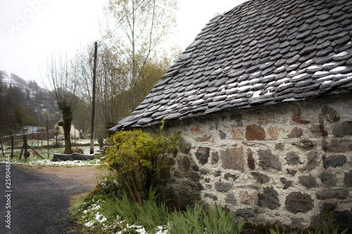 Fotografie, Obraz  石造りの可愛い小屋