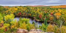 Panorama Sur Le Parc Algonquin Et Ses Couleurs D'automne - Ontario - Canada