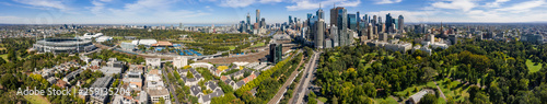Valokuva  Aerial panoramic view of the beautiful city of Melbourne from Fitzroy Gardens
