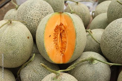 Carta da parati Fresh melon or cantaloupe in the market