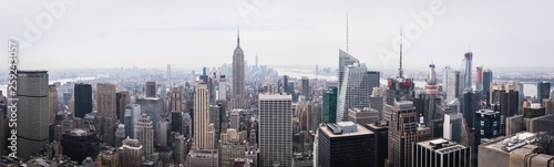 Photo  Daylight panorama of New York from the Top of the Rock