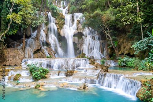 Obraz na płótnie The Kuang Si Falls or known as Tat Kuang Si Waterfalls