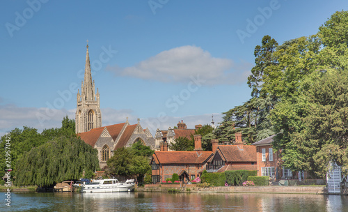The pretty town of Marlow on the banks of the River Thames Canvas Print