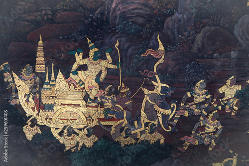 Photo The Ramakien (Ramayana) mural paintings along the galleries of the Temple of the