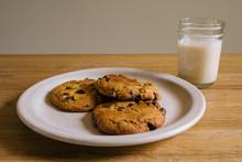 Chocolate Chip Cookies & Milk