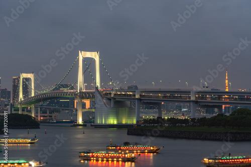 Printed kitchen splashbacks Brooklyn Bridge Beautiful night view of Odaiba, Tokyo Tower and Rainbow Bridge in Tokyo, Japan