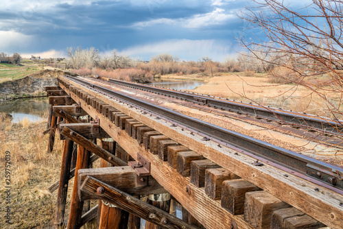 destroyed railroad timber trestle Tapéta, Fotótapéta