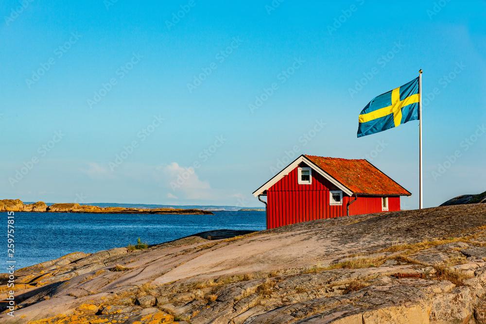 Fototapety, obrazy: Rotes Haus in Schweden