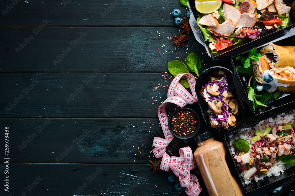 Fototapety, obrazy: Comfortable food for a day. restaurant dish delivery. Top view. Free space for your text.