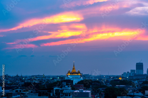 Staande foto Nepal The Golden Mount at Wat Saket, Travel Landmark of Bangkok THAILAND