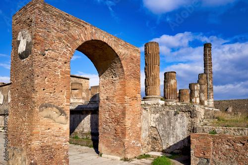Fotografia  Naples Campania Italy. PompeiiancientRomancity