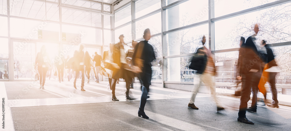 Fototapety, obrazy: blurred business people at a trade fair