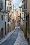 Fototapeta Uliczki - Narrow street in Tarragona, Catalonia, Spain