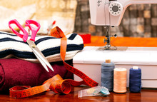 Designer Work Place Sewing Mac...