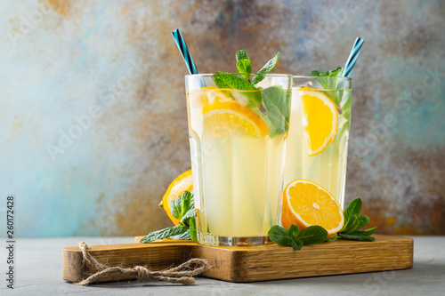 Canvas Print Two glass with lemonade or mojito cocktail.