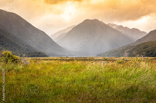 Photo dramatic landscape scenery Arthur's pass in south New Zealand