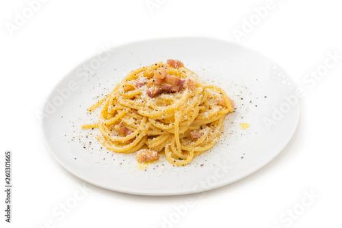 Leinwand Poster Spaghetti alla carbonara, tipica ricetta di pasta italiana