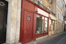 Street Antique Shop In Bordeau...